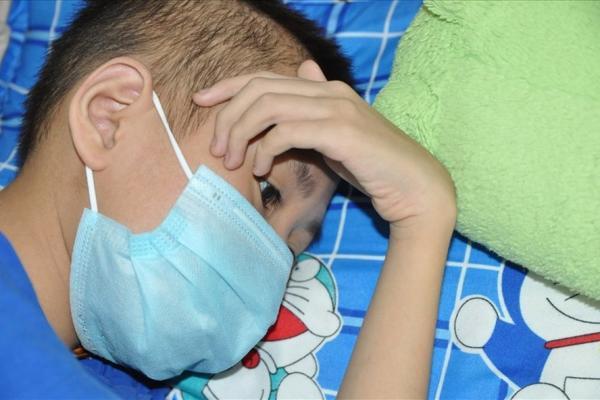 LD 21123: Cậu bé suy thận mãn muốn được gặp mẹ trước khi mất