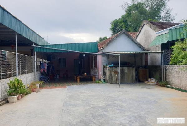4 mẹ con đạp xe từ Đồng Nai về Nghệ An: Mẹ già ứa nước mắt thương con cháu